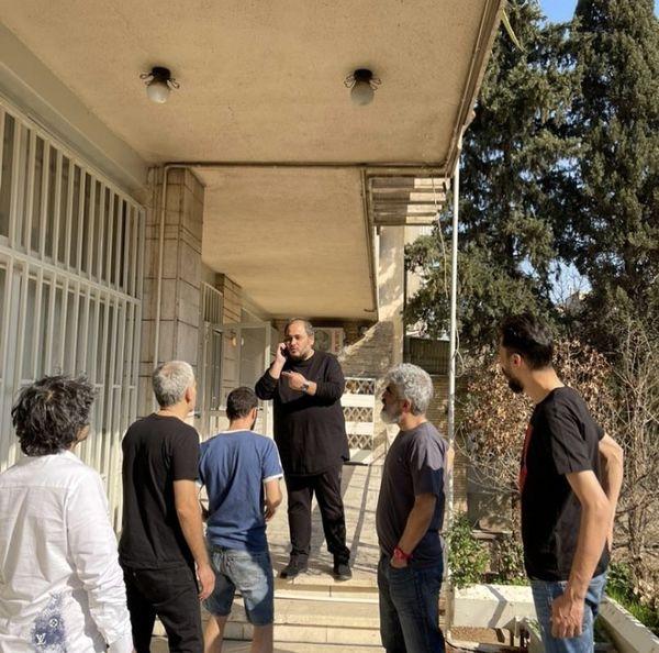 سخنرانی رضا داودنژاد در جمع دوستانش + عکس