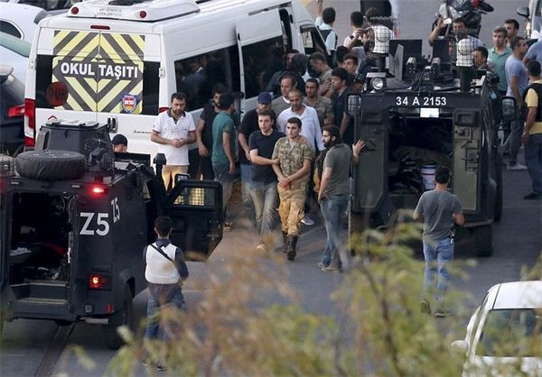 اخراج بیش از شش هزار پرسنل نظامی ترکیه