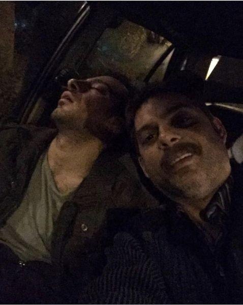 وقتی نوید محمدزاده تو ماشین خوابش میبره + عکس