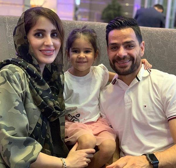 کمال کامیابینیا در کنار همسر و دخترش + عکس