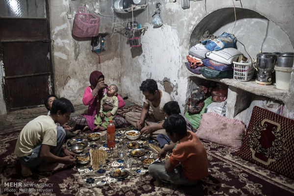 زندگی زیر خط فقر در نزدیکی پایتخت