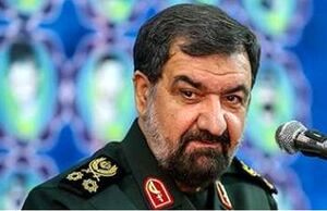 محسن رضایی: دولت مسیر هستهای را گم کرده است!