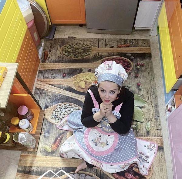 بهاره رهنما در آشپزخانه خود + عکس