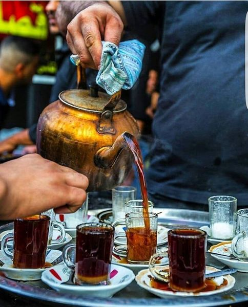 بعد یکماه چایی روضه، چای تلخ عراق میچسبد...