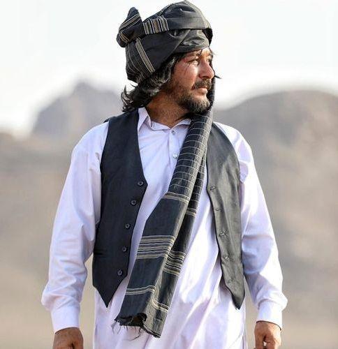 امیرحسین صدیق با تیپی متفاوت+عکس