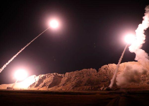 شخصاً در محل شلیک موشکها حضور داشتم/ از بعد «محمدطاها» برادریام با سپاه بیشتر شد