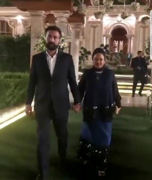 تیپ بهاره رهنما و همسرش در باغ عمارت باشکوه+عکس
