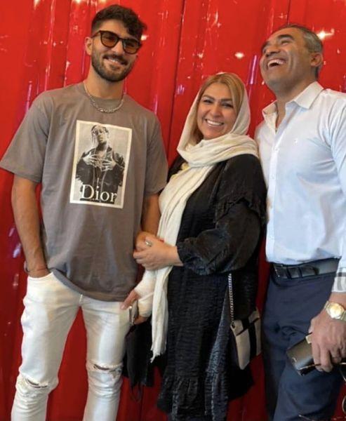 خنده های از ته دل عابدزاده در کنار همسرش /عکس