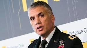 یک مقام ارشد دیگر کاخ سفید را ترک میکند/ ادامه استعفاها پس از انتصاب بولتون