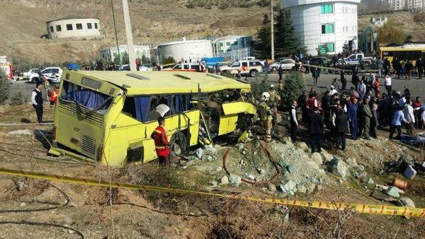 عضو کمیسیون آموزش: پزشکی قانونی سکته قلبی یا مغزی راننده اتوبوس را رد کرد