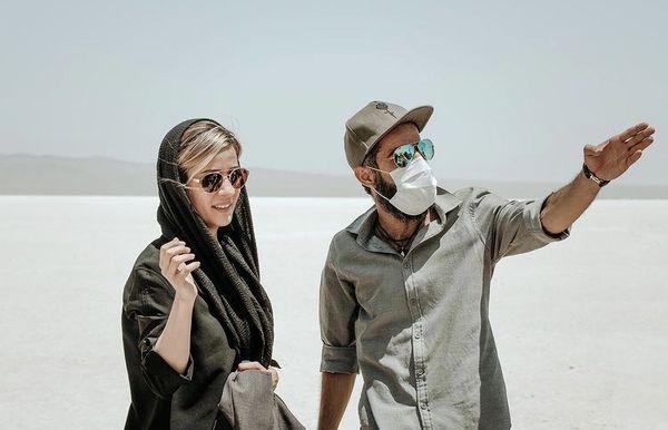 سارا بهرامی و دوستش در بیابان + عکس