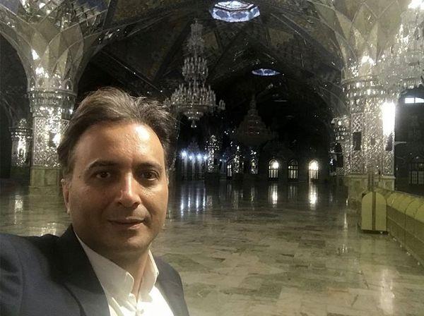 مجید اخشابی در حرمامام رضا (ع) + عکس