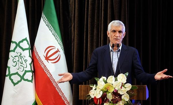 کارت قرمز مجلس به شهردار تهران