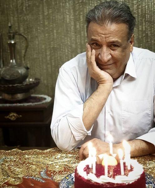 تولد ساده آقای بازیگر در خانه اش + عکس