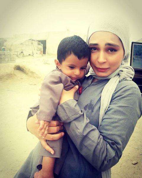 سانیا سالاری و عشق دلبرش در آغوشش+عکس