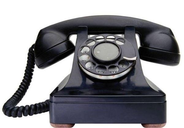 سختیهای استفاده از تلفن در زمان قدیم